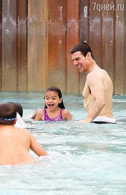 Том Круз с дочкой Сури