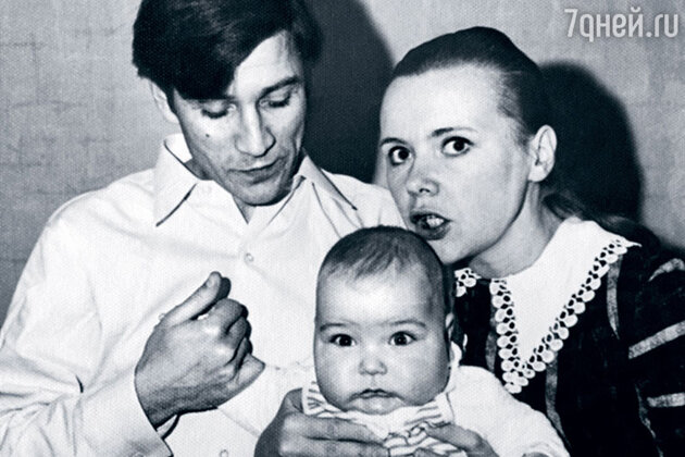 Юрий Гребенщиков и Наталия Орлова с сыном Кириллом Гребенщиковым
