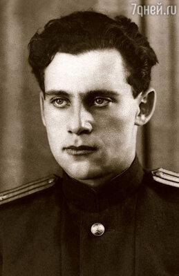 О том, что Семен Владимирович — «ходок», знали все. Более того, он своими победами на любовном фронте несказанно гордился