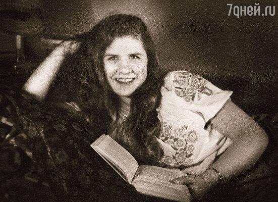«Моя мама требовала всегда от мужчин большого внимания и бешеной любви. Она была женщиной до мозга костей...»