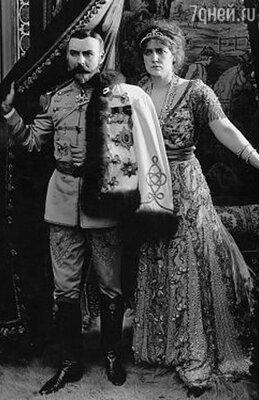 Альфред Хикман и Нэнс О'Нил в фильме «Падение Романовых». 1917 год
