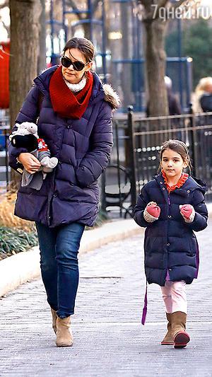 Кэти Холмс с дочерью Сури