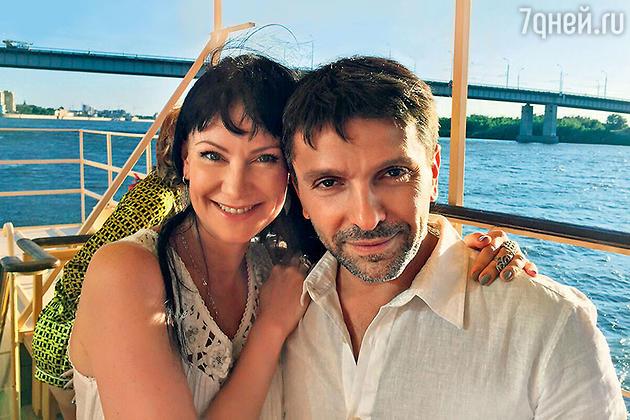 Нонна Гришаева и Леонид Барац вместе отметили день рождения