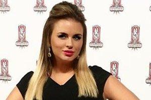 Анна Семенович опровергла слухи о своей фигуре