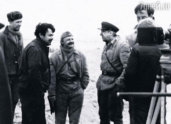 Алексей Герман с Михаилом Кононовым и Юрием Никулиным во время работы над фильмом «Двадцать дней без войны»
