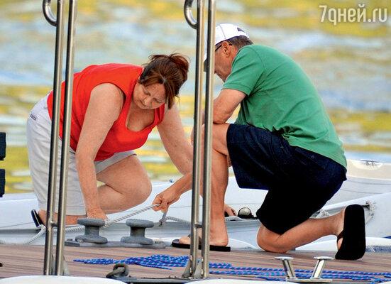 Потенциальные тесть и теща Клуни проявили сноровку во время прогулки на яхте