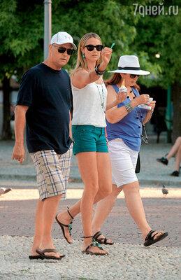 Стэйси Киблер с родителями