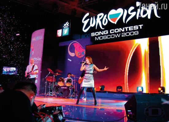 На «Евровидении» я была одной из самых молодых участниц. На фото: церемония открытия «Евровидения» в выставочном зале «Манеж»