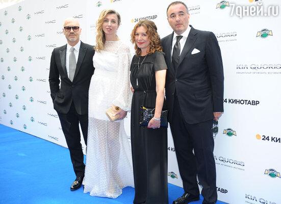 Федор Бондарчук с супругой  и Александр Роднянский с супругой