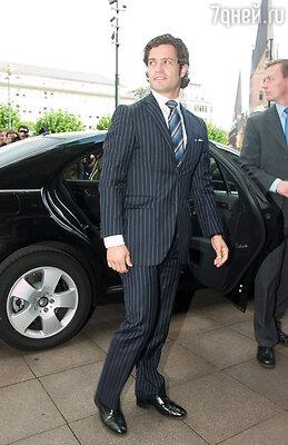 На восьмой строчке — 33-летний шведский принц Карл Филипп
