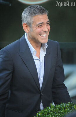 33-е — 51-летний актер Джордж Клуни