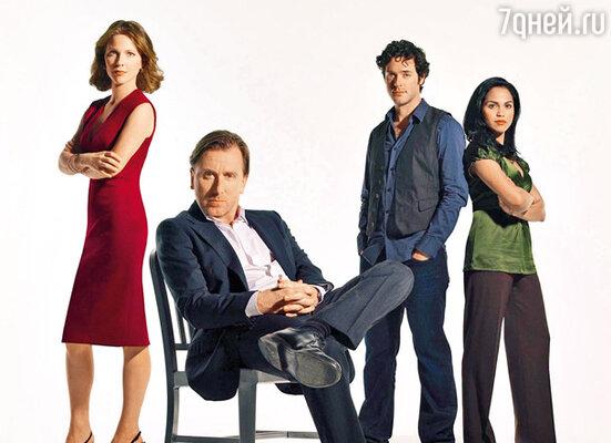 В сериале «Обмани меня» Тим Рот играет доктора Кэла Лайтмана