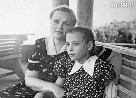 «Жизнь у мамы сложилась трагически, она много страдала»