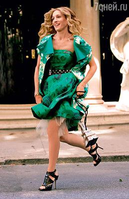 Сара Джессика Паркер, как и ее героиня из сериала «Секс в большом городе», скупает обувь тоннами