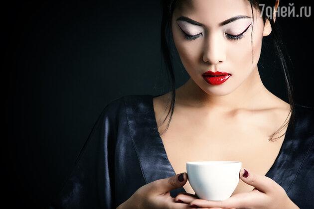 Одним из наиболее любимых в Китае является способ гадания по чаинкам