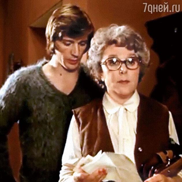 Вера Васильева с Александром Абдуловым в фильме «Карнавал». 1981 г.