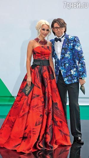 Андрей Малахов и Лера Кудрявцева. Церемония вручения премии «МУЗ-ТВ». 2014 г.