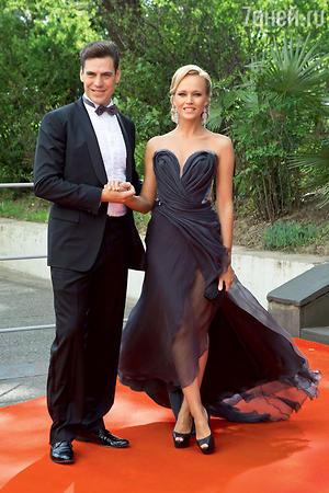 Дмитрий Дюжев с женой Татьяной. «Кинотавр». 2014 г.