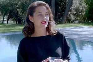 Марион Котийяр спела в мини-фильме Dior
