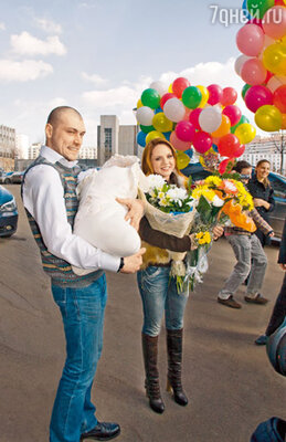 МакSим с мужем Алексеем и новорожденной дочкой Александрой
