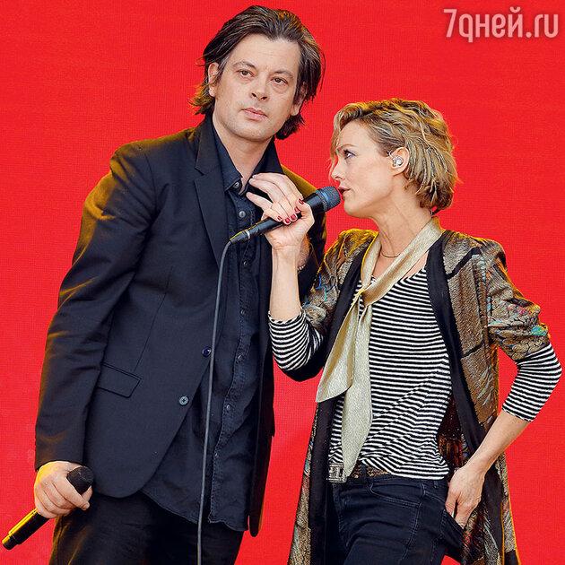 Ванесса Паради с Бенжаменом Бьоле
