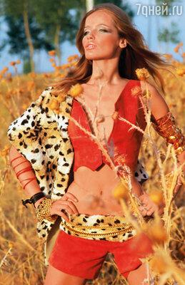 Верушка поехала в Кению. По ночам, сидя у костра, она слушала, как рычат поблизости голодные львы и умирала от страха. (В саванне, 1969 год)