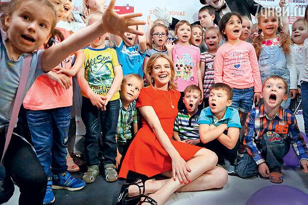 Наталья Водянова на подведении итогов акции «Подари Кино Детям»