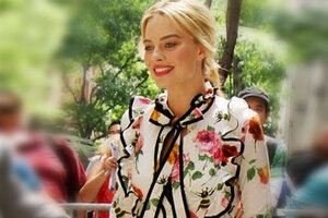 Тренд недели: блузки и платья с бантиком