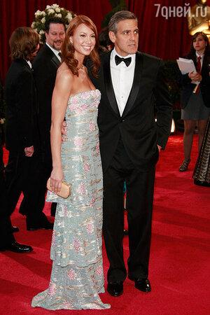 Джордж Клуни с подругой