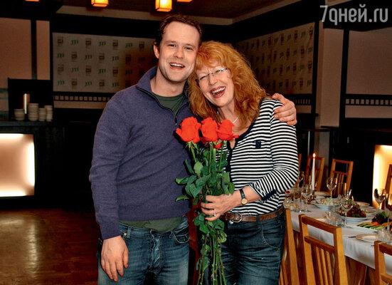 Кирилл Плетнев с мамой Тамарой Федоровной