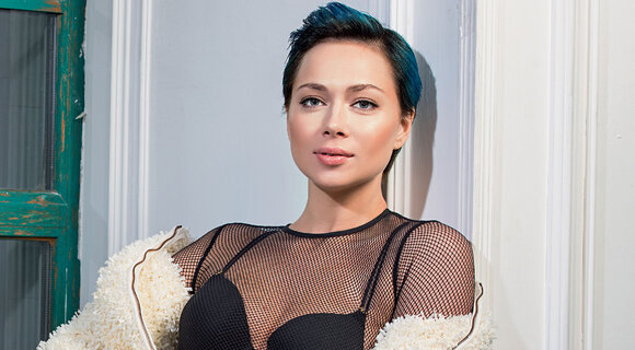 Настасья Самбурская. Девочка-скандал