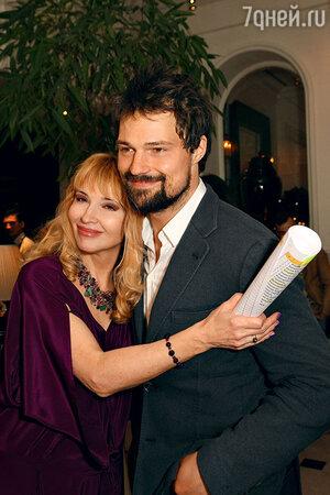 Данила Козловский с мамой Надеждой Николаевной
