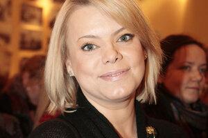 Яна Поплавская надеется, что полиция защитит ее от маньяка