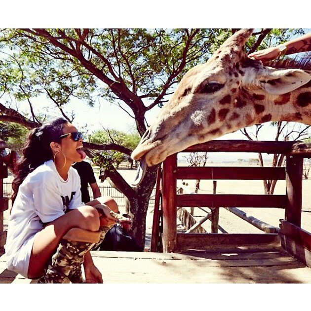 Рианна в Африке 2013