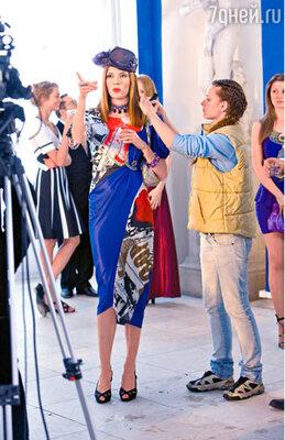 Любовь Толкалина играет хозяйку модельного агентства