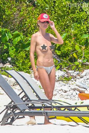 Хайди Клум на пляже в Мексике