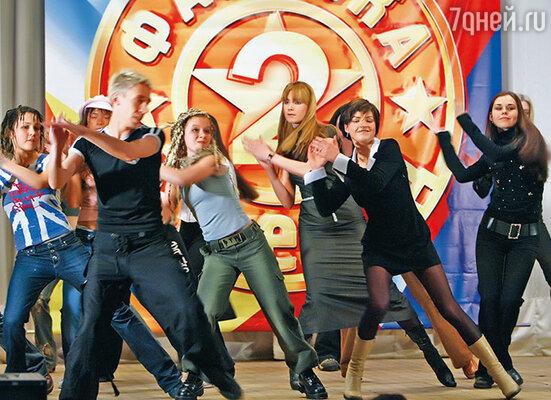 Я увидела по телевизору рекламу кастинга «Фабрики звезд». Конечно, не верила, что в Москве вообще можно куда-то попасть с улицы. Просто интересно было посмотреть, как происходят такие кастинги
