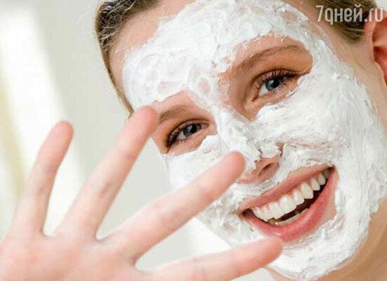 Теперь, наконец, маска! Используйте маски, имеющие эффект тонуса и лифтинга