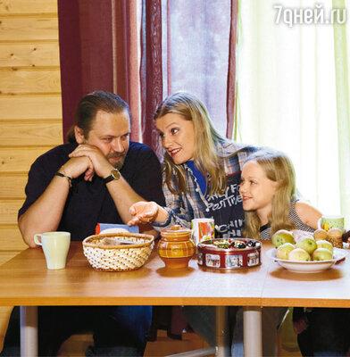 Галина с мужем Дмитрием и дочерью Ульяной
