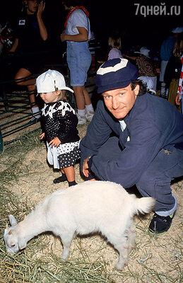 С дочкой Зельдой взоопарке. 1991 г.