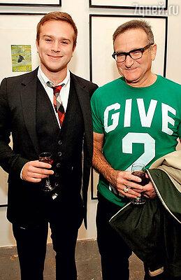 Со старшим сыном Заком. 2008 г.