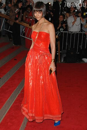 Кэти Холмс на вечере Metropolitan Museum of Art's Costume Institute Gala в 2008 году