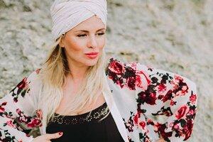 Анна Семенович начала готовиться к дню рождения