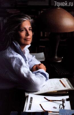 Сьюзен Зонтаг — писательница, социалистка, феминистка, не скрывающая своей сексуальной ориентации, стала кумиром Кэтрин Бигелоу