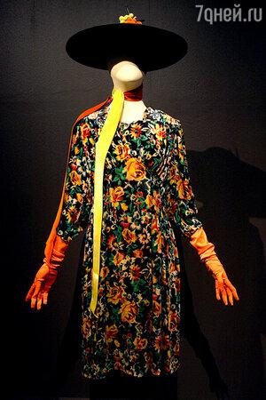 На выставке «100 лет моды в России»