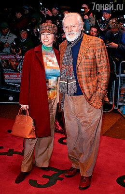 Со своей третьей женой Стеллой Арройяве. Лондон, февраль 2008 г.