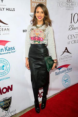 Джессика Альба на вечеринке City of Beverly Hills Centennial Party в  Беверли-Хиллз