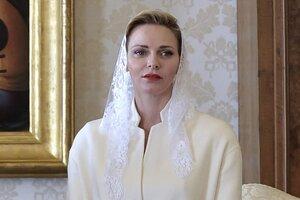 Княгиня Шарлен напомнила всему миру о своем статусе