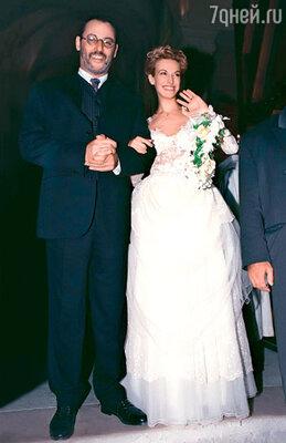 Со своей второй женой моделью Натали Дышкевич Рено познакомился на Елисейских Полях. Свадьба состоялась в Провансе в 1996 году
