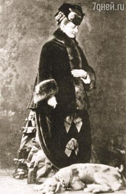 Комнаты княжны Екатерины Долгоруковой находились над покоями императрицы, и та могла слышать шаги в аппартаментах соперницы